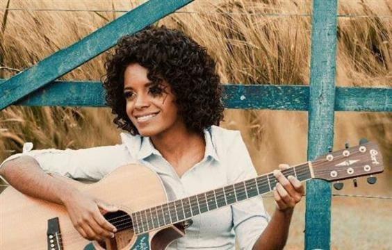 Frases e Trechos de Músicas Kemilly Santos